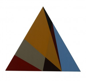 Triangle-ocre-rouge-indien---Acrylique-sur-toile-marouflee-sur-bois---Paris-2006---34-x-39.5-cm
